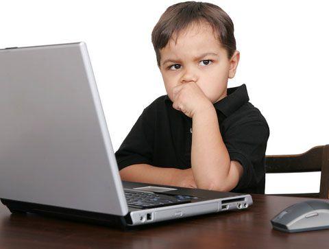 Ребенок за компьютером - повод задуматься