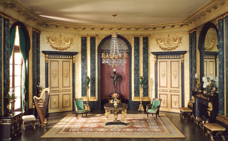 Интерьер зала в стиле Ампир